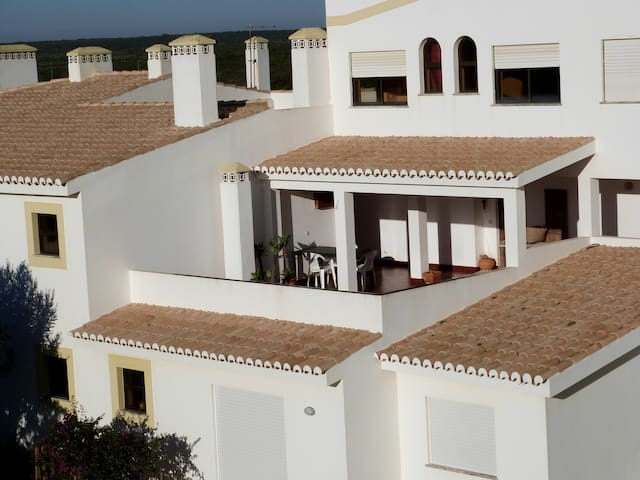 Apartment with balcony and patio, sea view - Sagres - Apartment