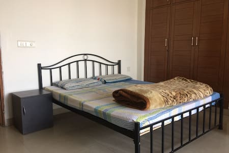 Sheeba Five BnB with Free Wifi - Gurugram