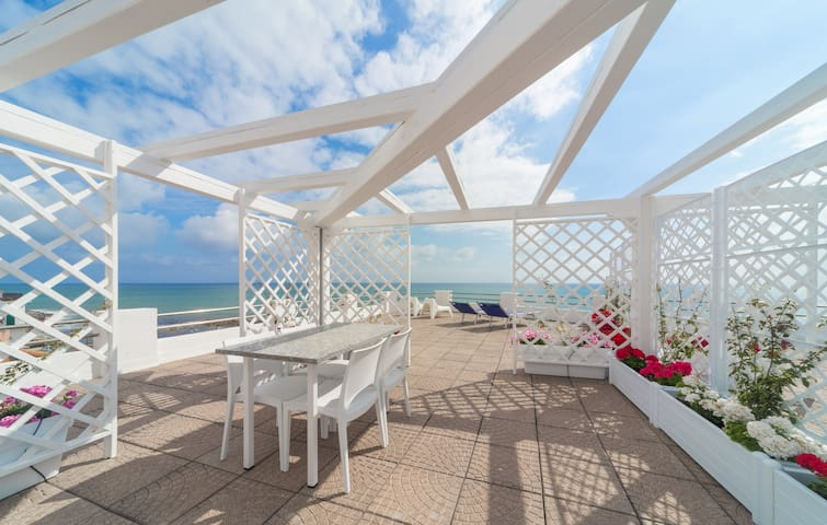 Apartment with terrace on the sea - Santo Stefano Al Mare - Apartment