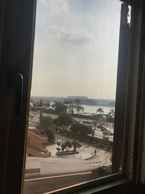 new flat close to center in cairo with a nile view