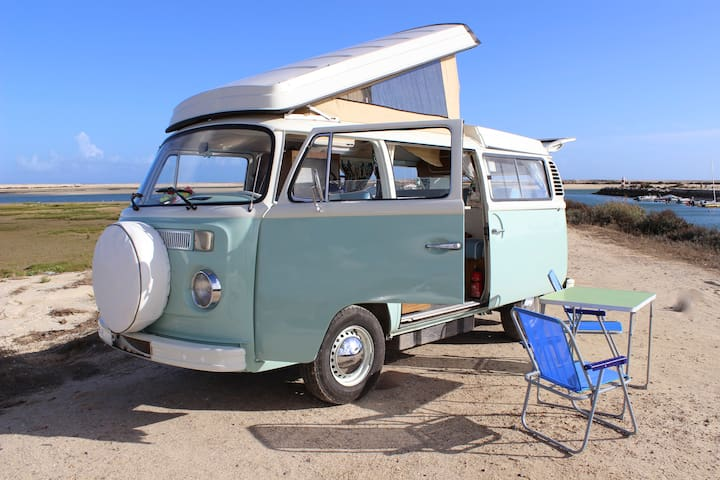 Minty the 1973 VW Westfalia Campervan
