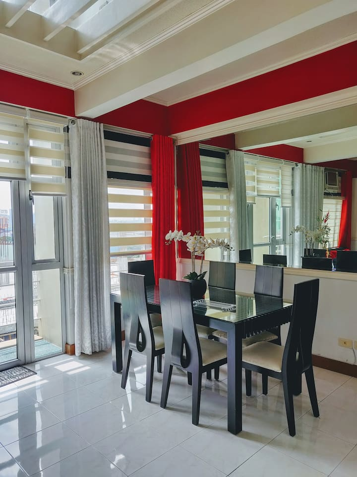 We welcome you and your loved ones to our spacious 2-floor condo at Marquinton Residences.