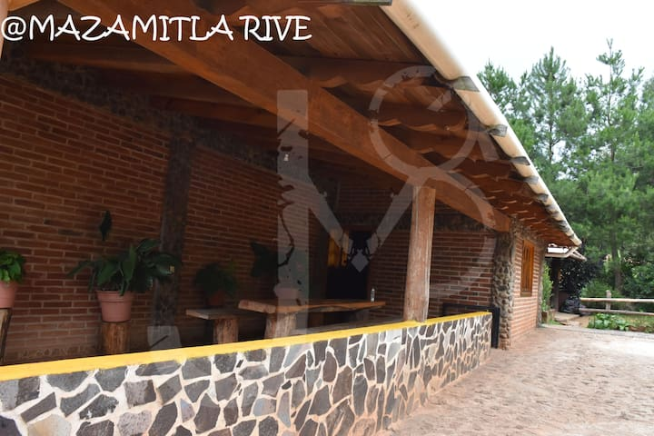 Cabaña alfredo mazamitla rive para 4 personas