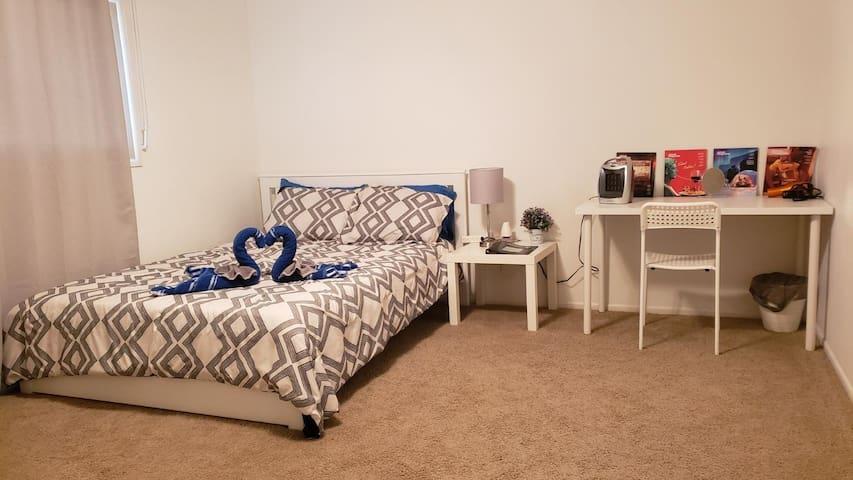 Private Room & Bathroom. Near ASU, PHX, Phoenix #1
