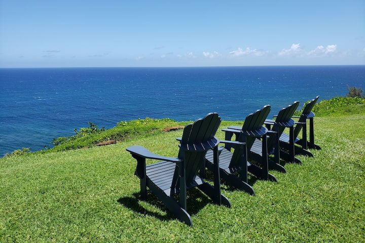 "Majestic Princeville ""Cliffs"" Condo- Resort Bubble"