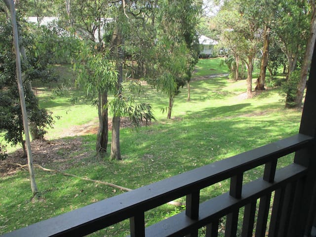 Eucalypt 3BR Cottage at Raffertys - Cams Wharf - Huis
