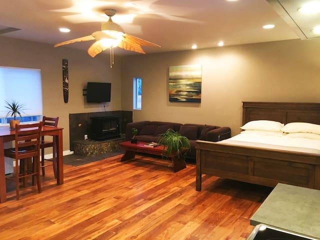 Cozy Deschutes River Getaway - Bend - Apartment