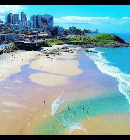 Praia do Barra Vento (Farol da Barra)...fica a 2,5km da Casa Alternativa Soteropolitana.