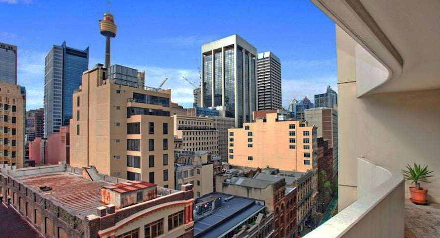 CBD Luxury 1 Bedroom 65sqm Balcony Apartment