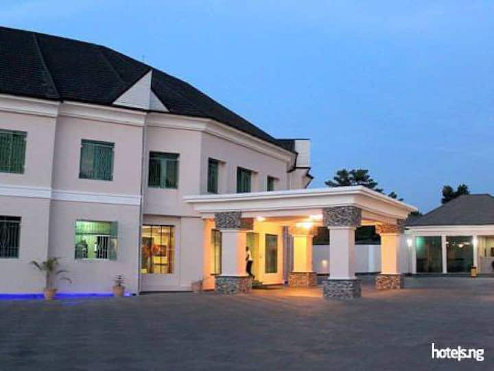 The Gates Apartment... Stay at this 4-star hotel in Enugu