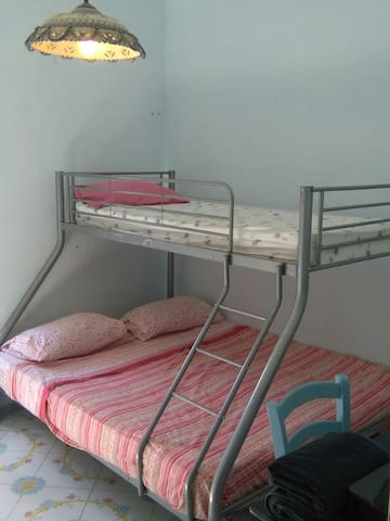 PRIVATE BUNK BEDS ROOM IN SHARING HOUSE