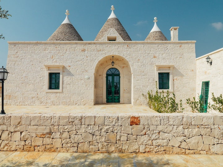 HOLIDAY HOME IL CARPINO: IL TRULLO GRANDE