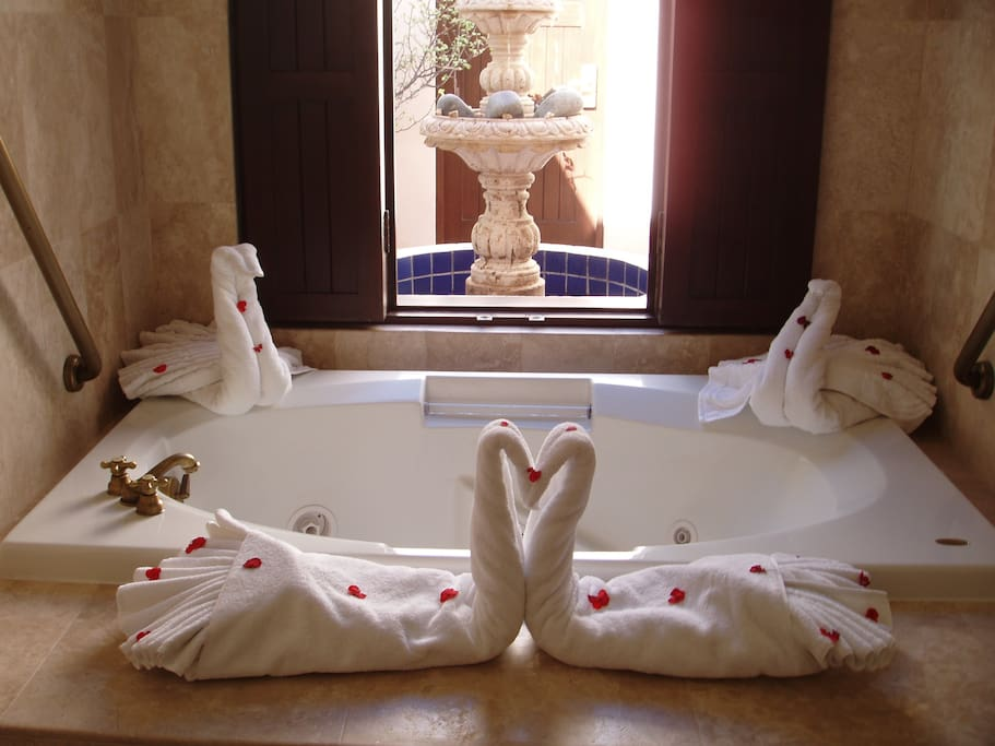 En Suite Jetted Tub w/Private Courtyard View