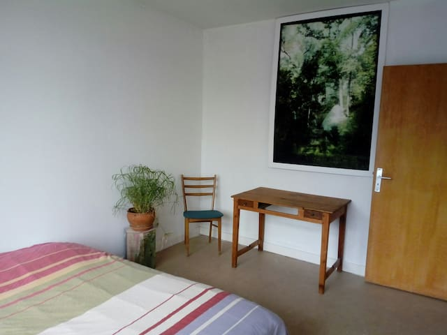 bedroom in a calm house, periphery of Brussels