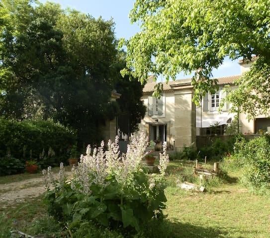 Chambres d'hôtes Domaine de Manteau-Bleu