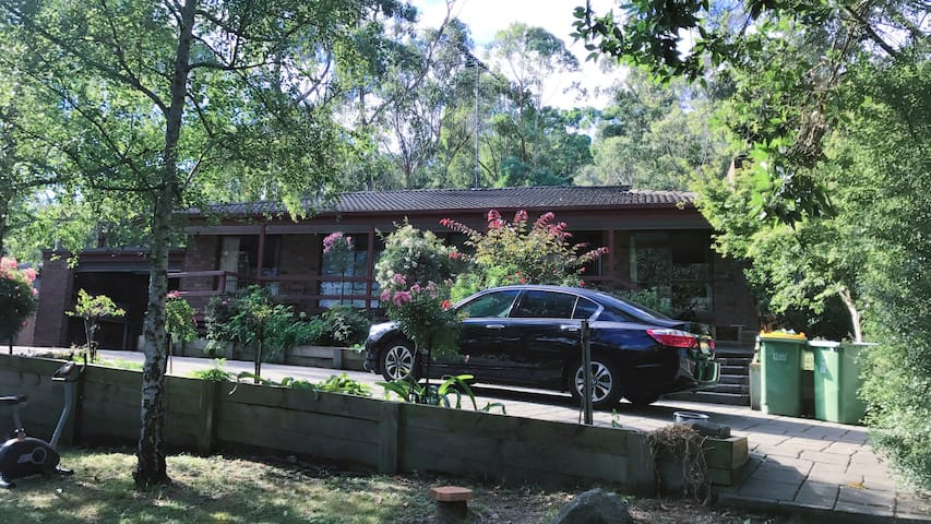 3 bedroom house in beautiful Upwey