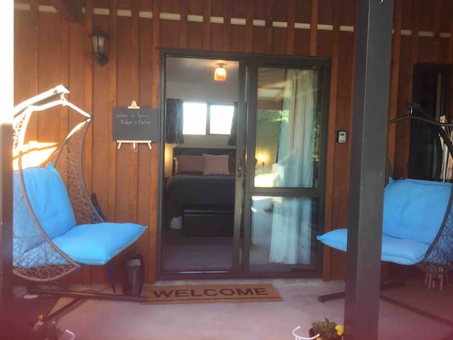 Koinonia Boutique BNB couples retreat spa & views