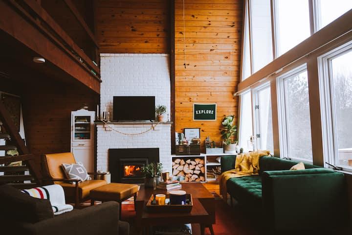 The Poko Lodge- cozy quiet getaway