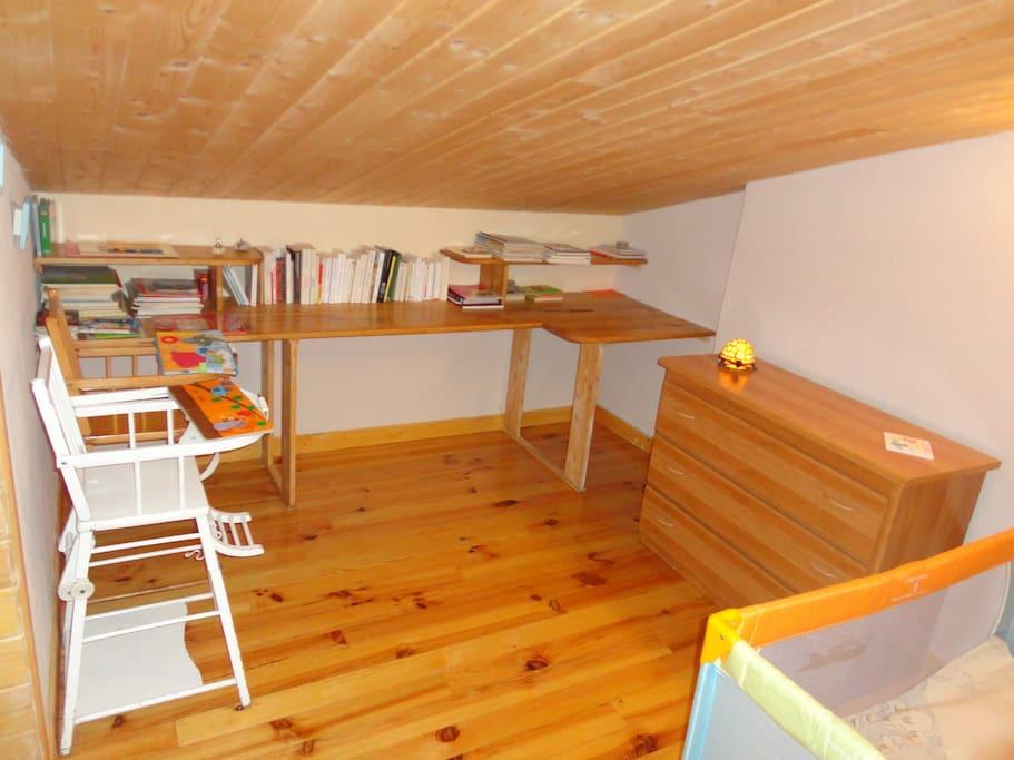 Espace enfants ou chambre 1 personne