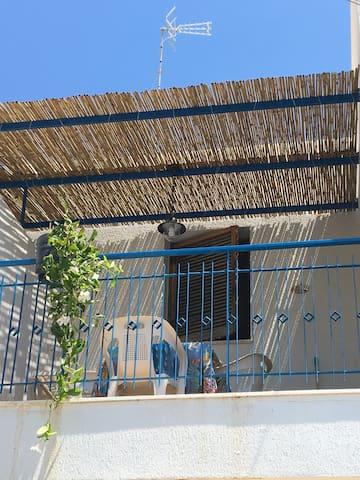 il terrazzo con tettoia