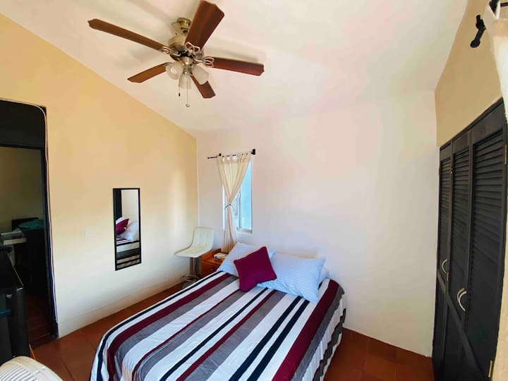 | Location | Confort | 13 min Airport & Downtown |