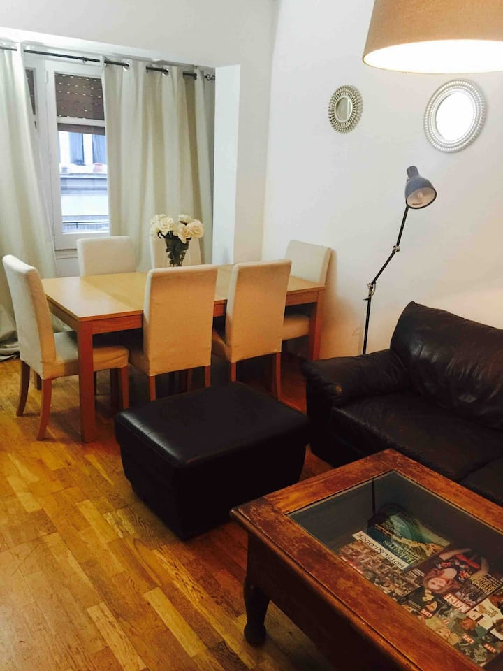 Beautiful apartment BCN, two rooms  wifi
