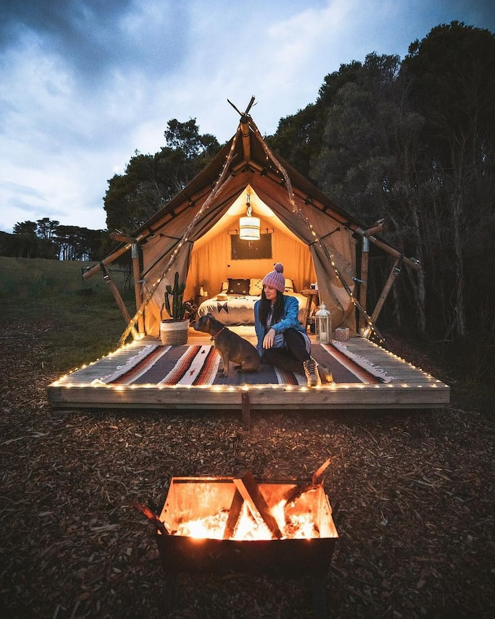 Sheltered Glamping Phillip Island- 'Magellanic'