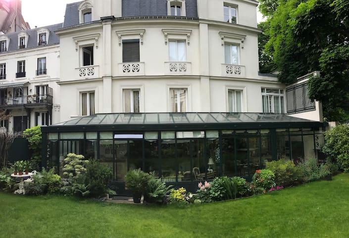 Maison proche de la Tour Eiffel