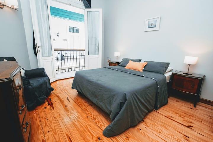 Milhouse Hipo- Habitación Doble con baño privado