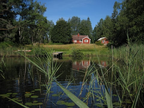 Cottage close to lake Mien in beautiful nature