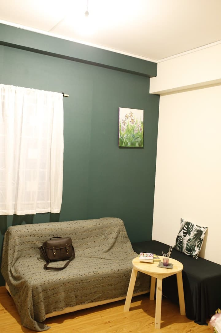 Cozy apt. with 2BR next to Dist. 1