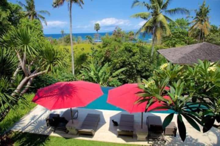 Villa Sembuh - peaceful haven, 5min walk to beach