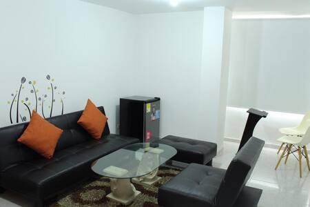Apartamento en la Castella cerca a zona rosa