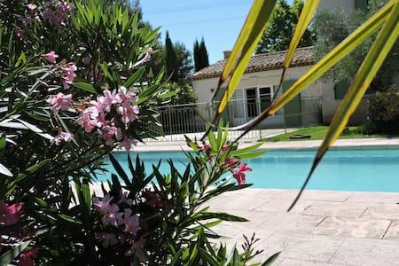 maison de caractère avec piscine - Saint-Maximin-la-Sainte-Baume