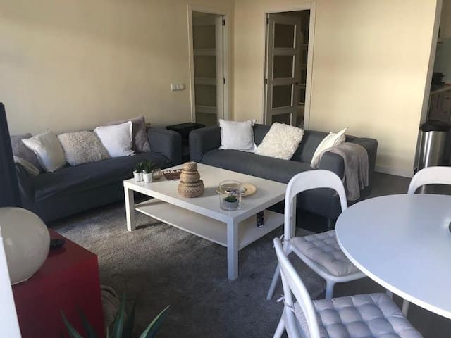 Madrid city center fully furnished apartment