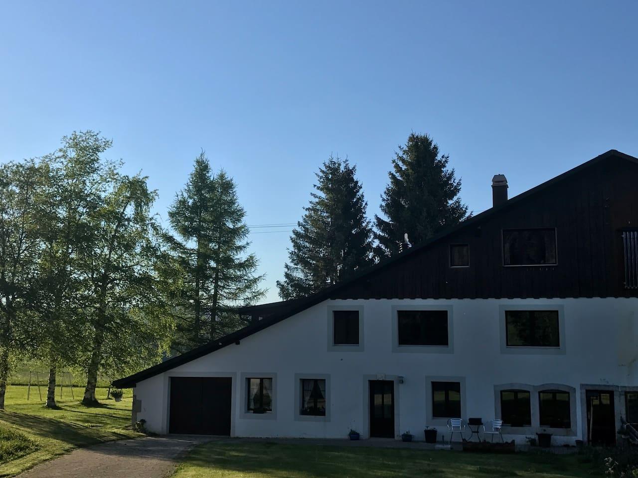 Cottage (2nd floor) / Jura Bauernhaus (2. Stock) / Demi-ferme jurassien (2eme étage)