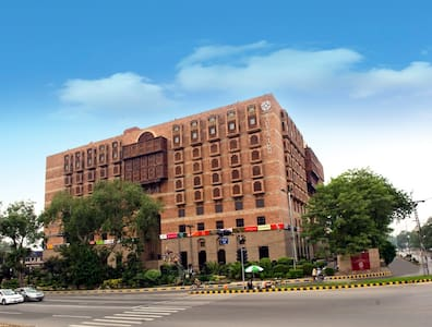 MALL OF LAHORE 3 BEDROOM APARTMENT - Apartment