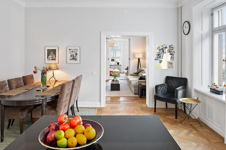 4,5 rooms in a lovely and central area - Stockholm - Apartment
