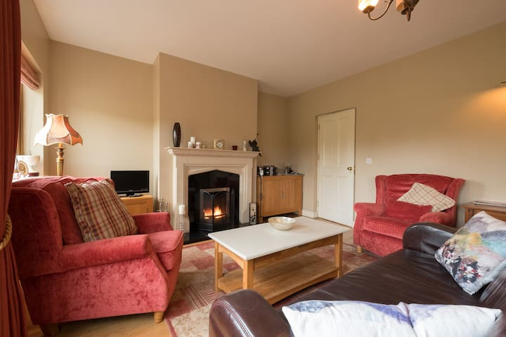 (5) Best nights sleep in a country home