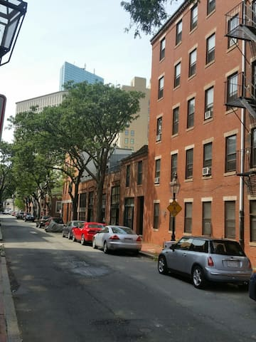Charming brownstone downtown Boston - Boston - Leilighet