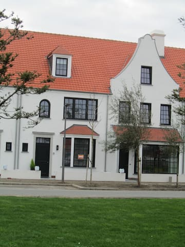 New holiday home in new Project Duinenwater Knokke - Knokke-Heist - House