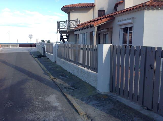 Maison 50m du front de mer - Leucate - Casa