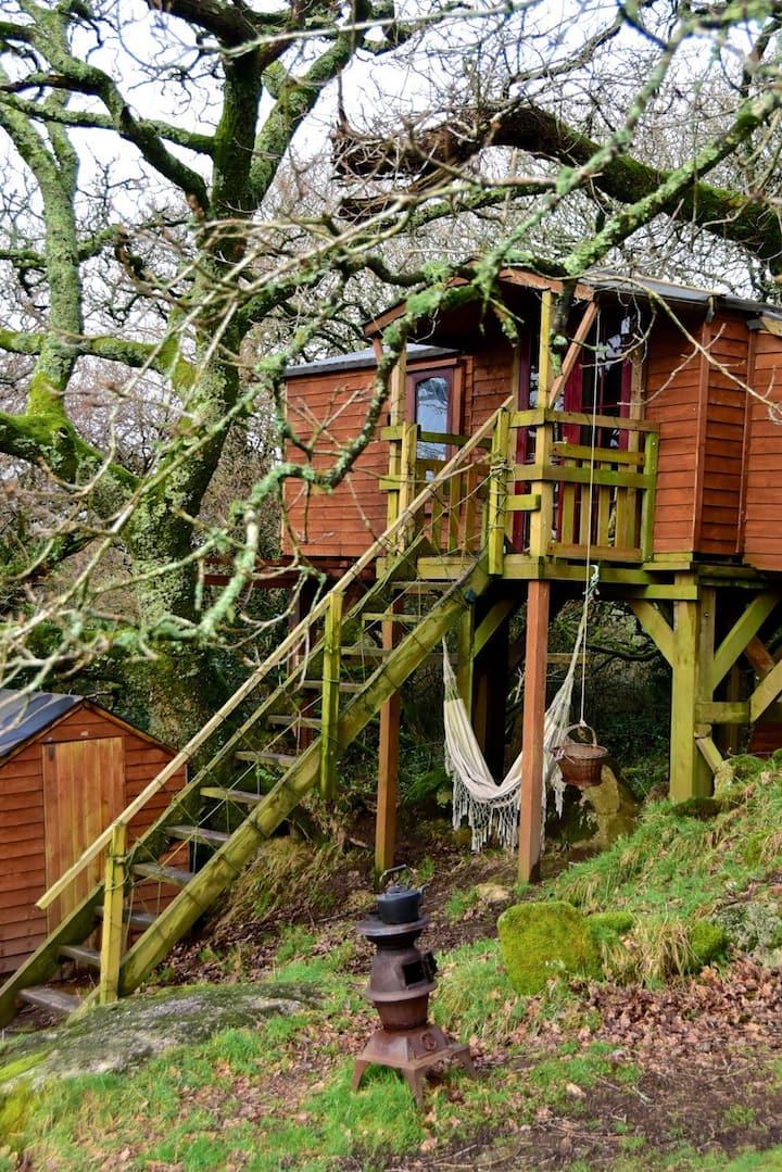 The Tree House Tea Room
