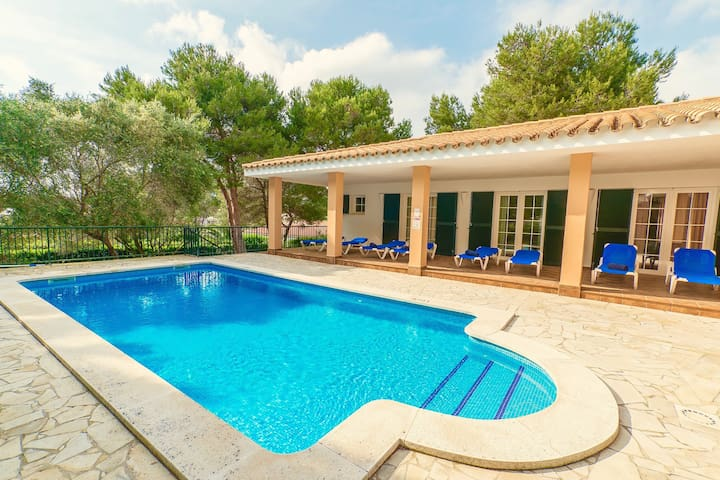 Villa Aquamarina with private pool