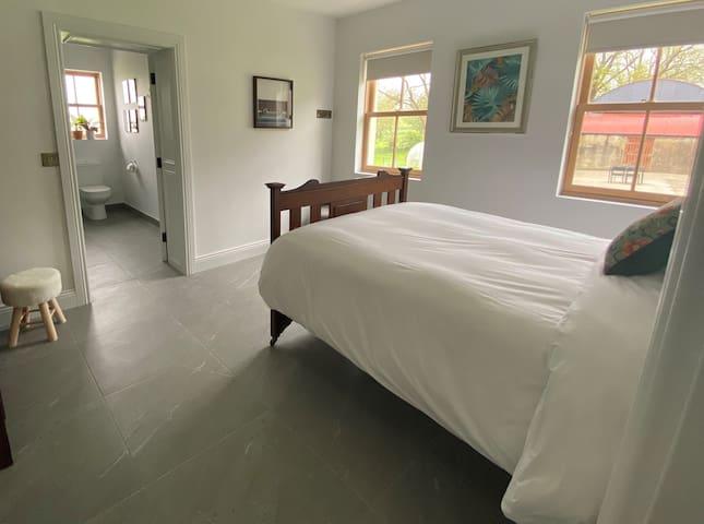Bedroom Cottage 2