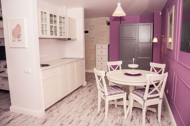 "Design Apartment ""Provence"" not far from Kremlin"