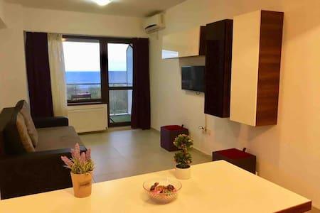 Apartament Silver ( Mamaia )