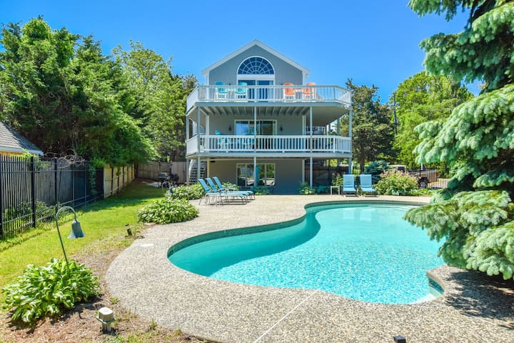 #908: Water Views from Multiple Decks, Private Pool, Access to Grand Cove!
