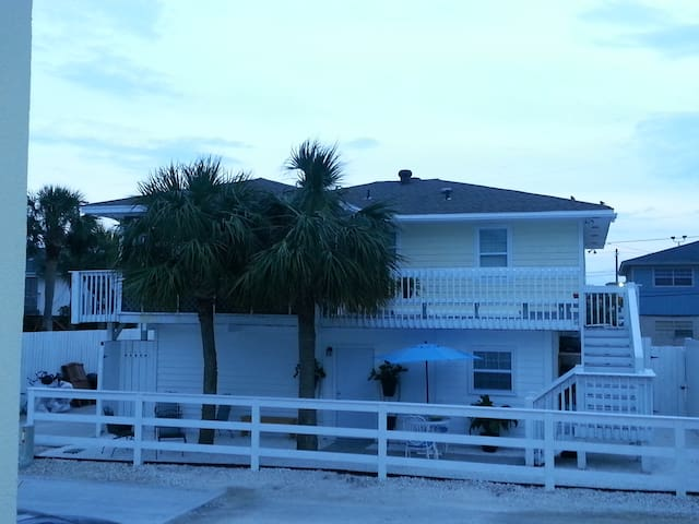 Southern Salt - Tybee Island - Vacation home