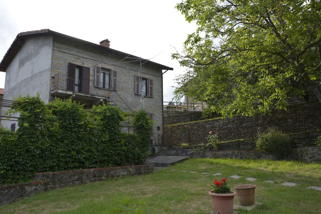 Teresa big house in tuscany near 5terre liguria for Rent a house in tuscany
